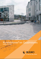 Folder Rumbelstones en Quadristones bestrating